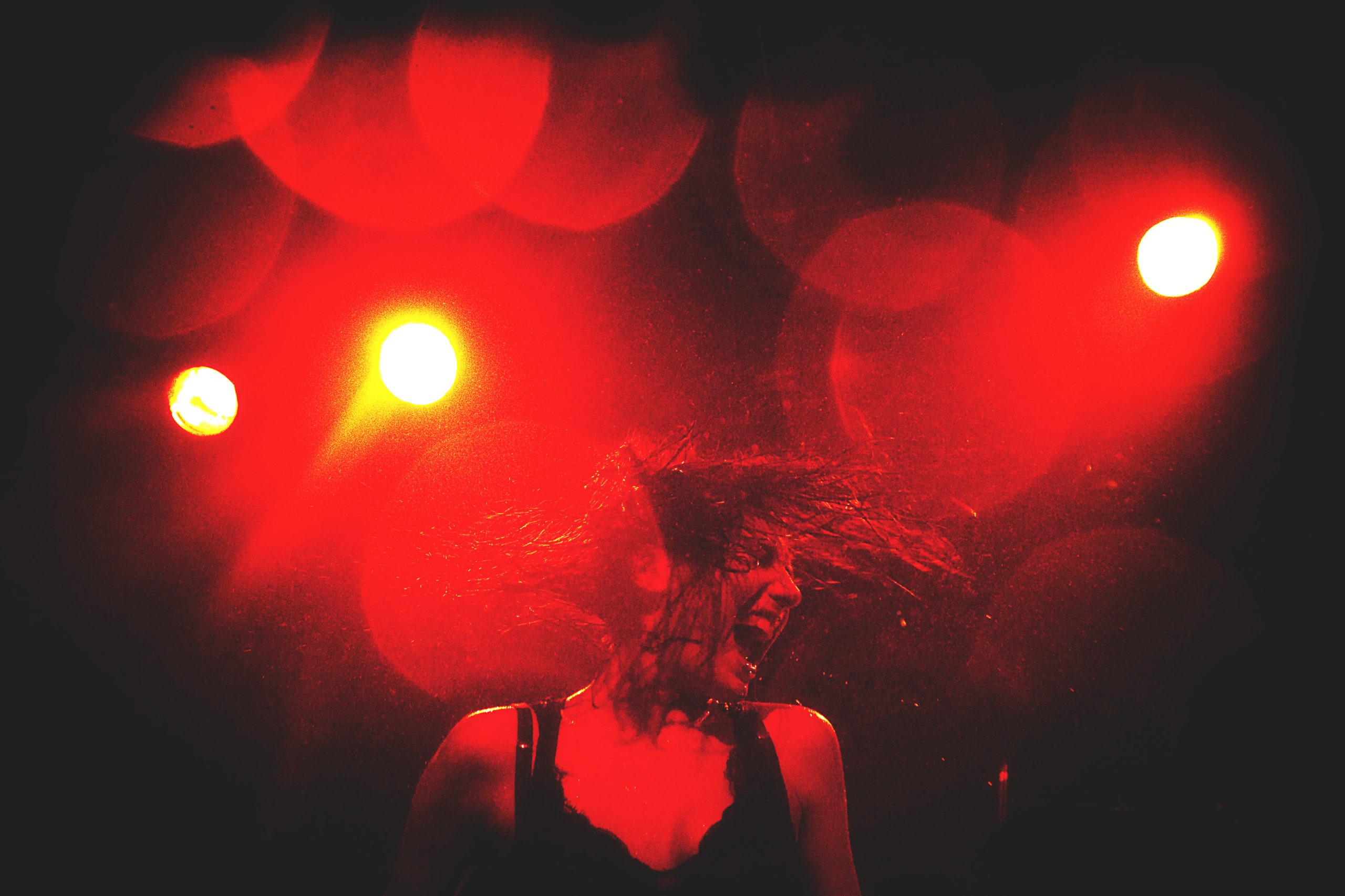 Photo Concert : Izia - EMB, Sannois - 2010  | ©Rod Maurice